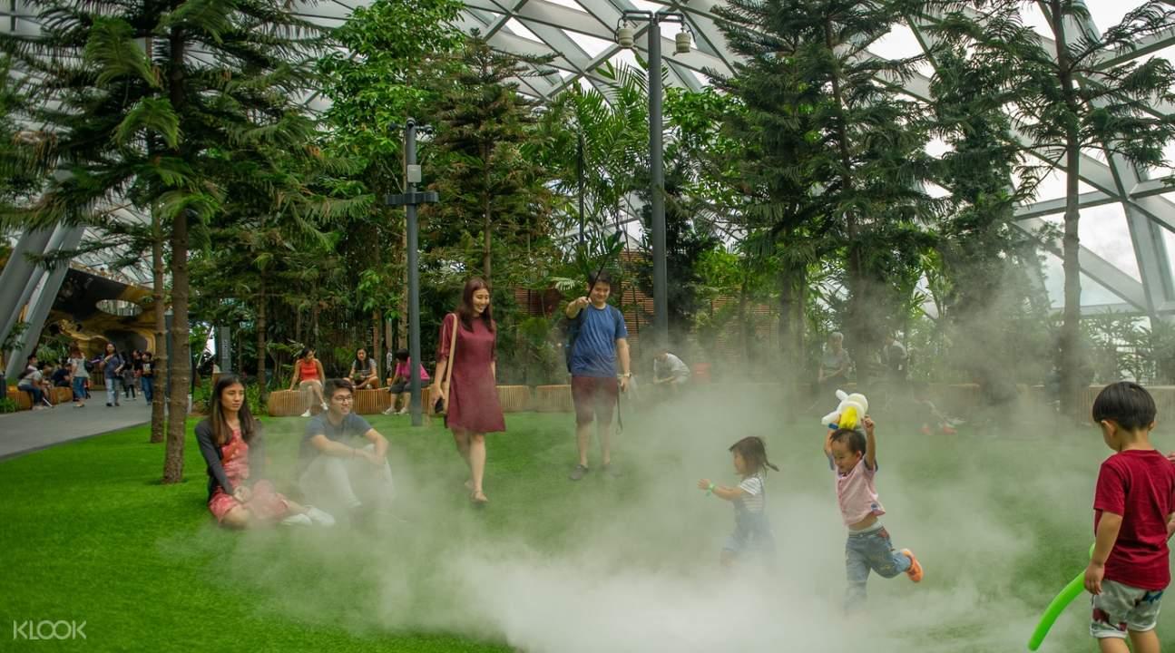 children inside foggy bowls of manulife sky nets